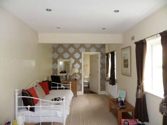 Bryn Tyrch Inn: Living area
