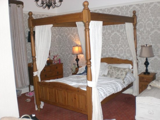The Old Hall Hotel : The Ladybower room