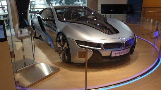 BMW Welt: i8