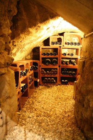 Le Parvis: notre cave à vin