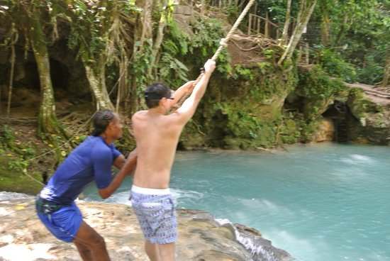 El Sol Vida - Day Tours: Rope Swing