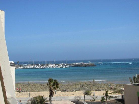 Geranios Suites & Spa Hotel: the harbour