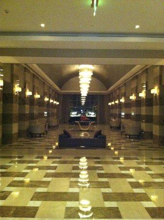 The St. Regis Doha: Hall