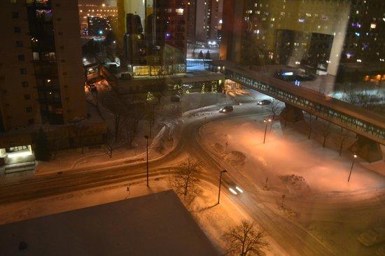 Sandman Hotel Montreal-Longueuil : Vista de la habitación