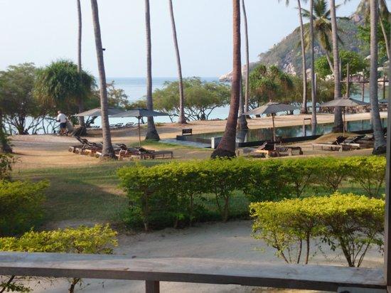 Haadtien Beach Resort: Views from villa 108