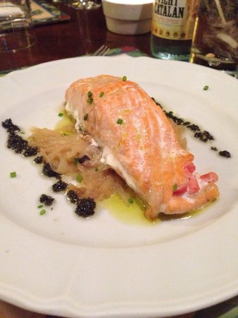 Cafe De L'Academia : Stuffed salmon.