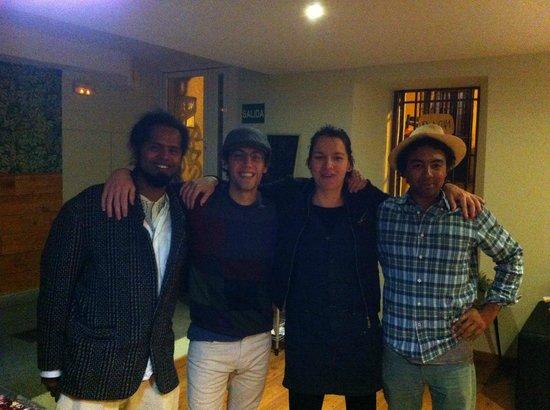 Mad4You Hostel: RONALDO(BRA)LEO(ARG)ROCIO(ESP)DAVID(EEUU)