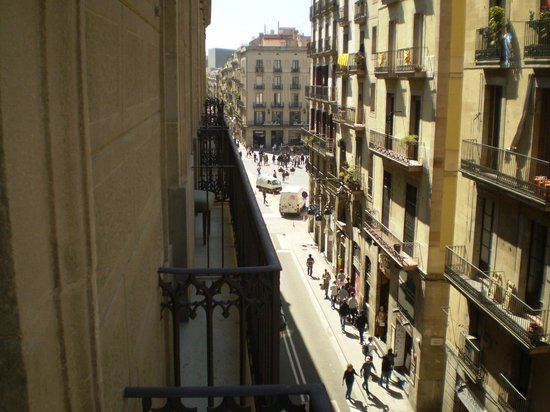 Gran Hotel Barcino: View from Room 308 looking toward Place de Jaume