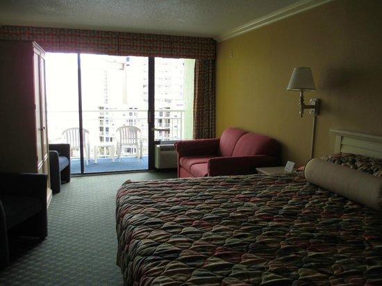 Coral Beach Resort & Suites : Interior Room 640