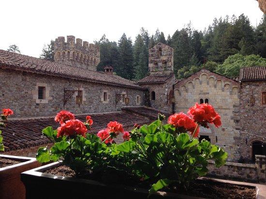 Castello di Amorosa : Inside the castle walls