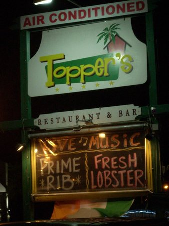 Topper's By The Sea : Toppers Sign
