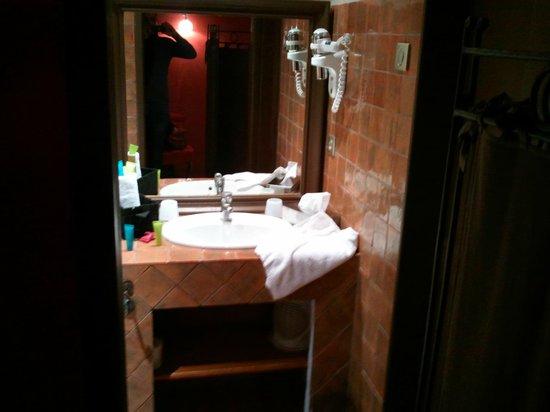 Jardin d'Emile: salle de bains