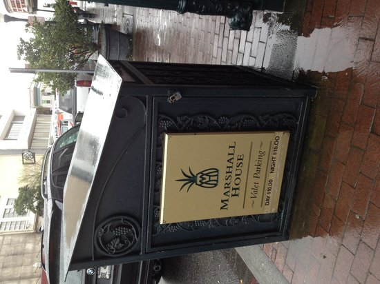 The Marshall House: Valet is worth it!