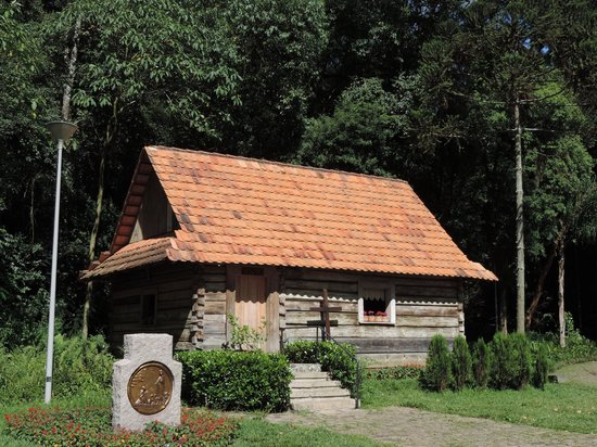 The Pope Woods and Polish Memorial: Memorial da Imigração Polonesa