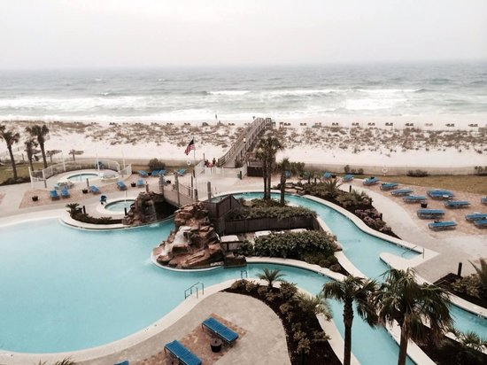 Holiday Inn Resort Pensacola Beach: View from 3rd floor, Gulf view room