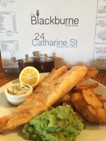 The Blackburne Pub & Eatery : fish and chips for one !!!!! more like for two delicious