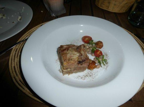 Casa Oaxaca  Restaurant: Mal servido este platillo, se les olvido llevar la salsa