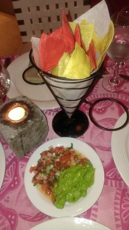 Now Jade Riviera Cancun Resort & Spa: Chips and Guac at Tamarindo