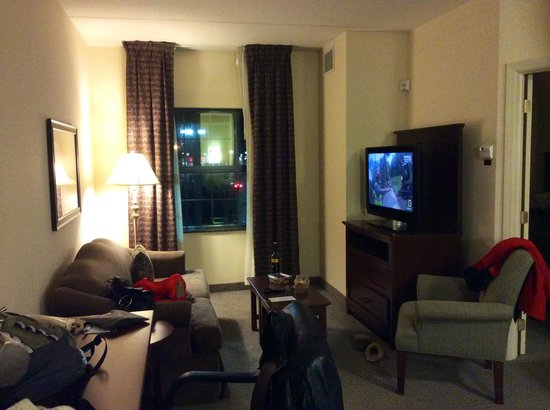 Staybridge Suites Buffalo/West Seneca: Living room