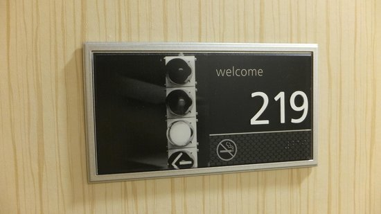 Hampton Inn & Suites Orlando Airport @ Gateway Village : Room Tag