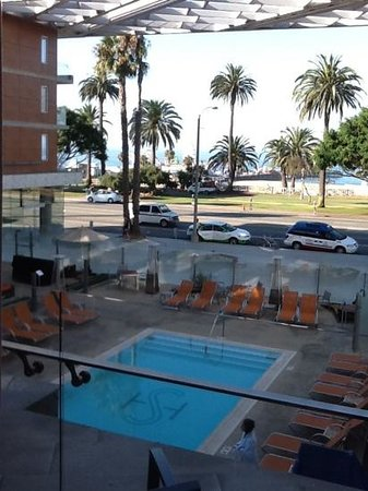 Shore Hotel: right on the beach - beautiful