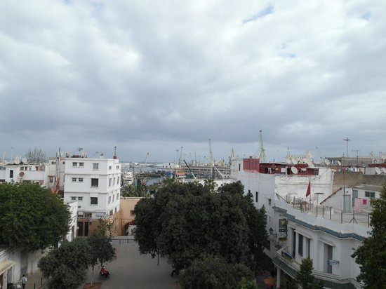 Hotel Central: view on the port 2