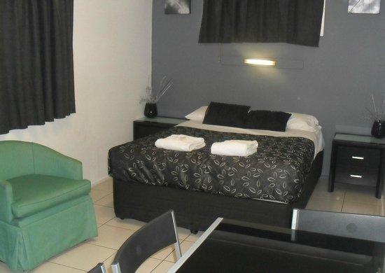 Charm City Motel: Family Room