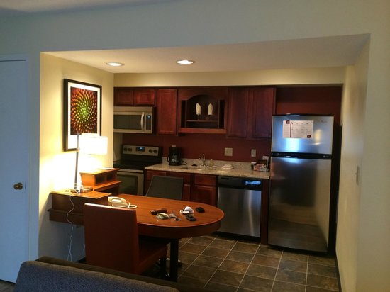 Residence Inn Winston-Salem University Area: Full kitchen