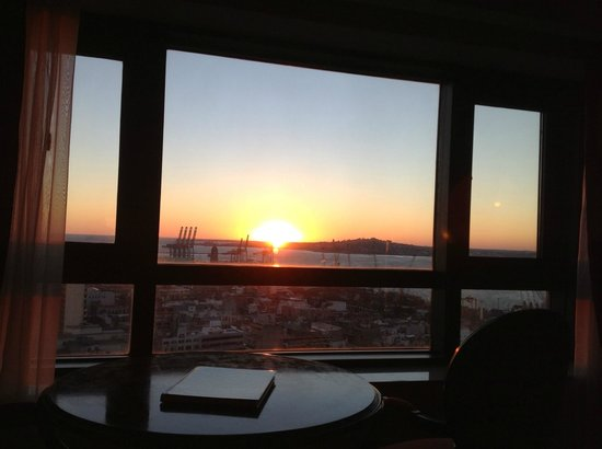 Radisson Montevideo Victoria Plaza Hotel: vue de la chambre 22 etage OUEST