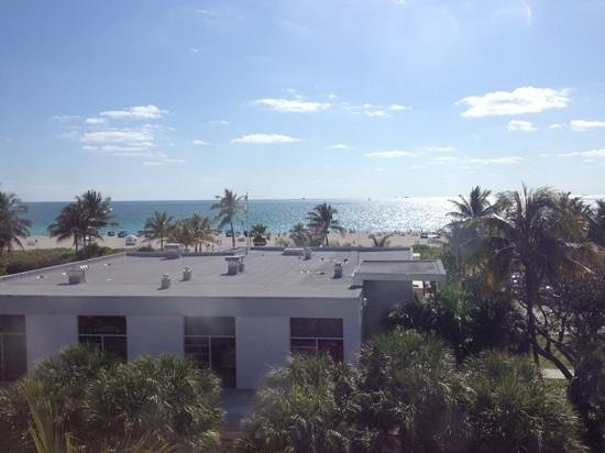 Hotel Breakwater South Beach: view from our junior suite