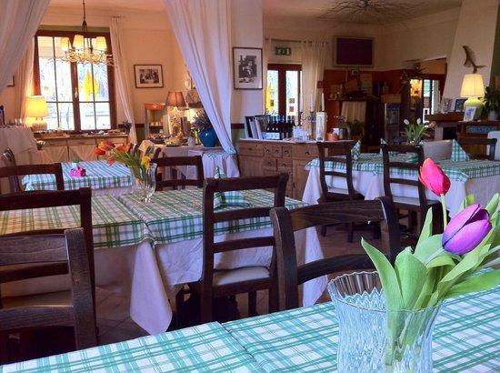 Hotel Monterosso Alto: Eating area
