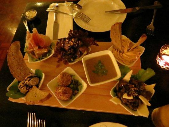Restaurant Franchipani: We had different tapas.