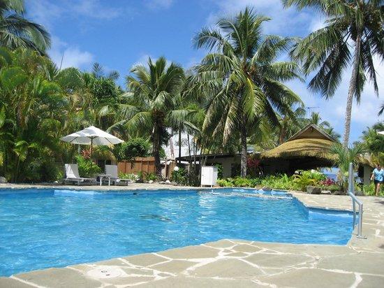 Crown Beach Resort & Spa: Crown's swimming pool