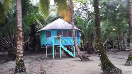 Buccaneer Resort : our sweet bungalow