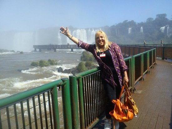 Iguazu Falls: desde foz iguazu brasil bello