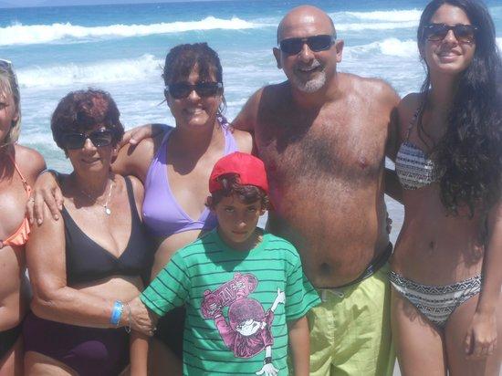 SUNSOL Isla Caribe: Toda la familia