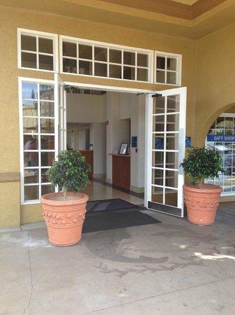 Wyndham Garden San Diego near SeaWorld: Lobby entrance