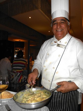Dreams Puerto Aventuras Resort & Spa All Inclusive: Chef Fransisco and his delicious pasta!