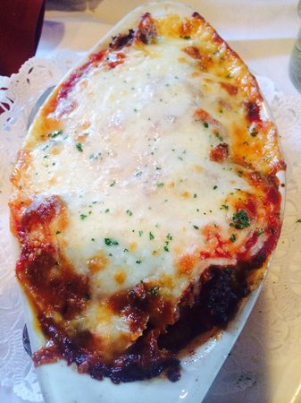 Ciao Italia Casual Italian: OMG stuffed shells add meat sauce! To die for!