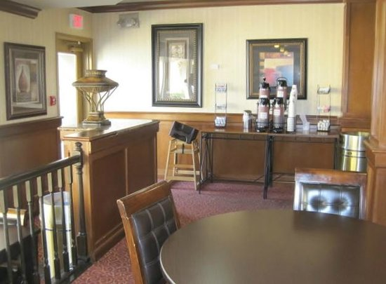 Rodeway Inn & Suites West Knoxville: Upper dining area