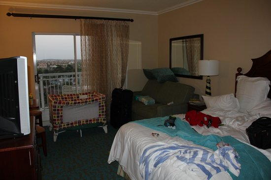 Marriott's Aruba Surf Club: 2nd bedroom and pack and play