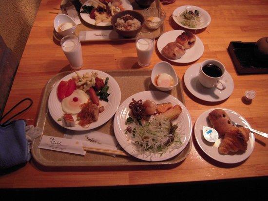 Okayama Koraku Hotel: 朝食バイキング