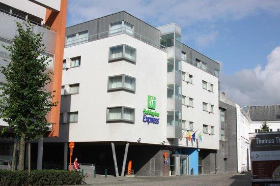 Holiday Inn Express Mechelen City Centre: ΕΞΩΤΕΡΙΚΗ