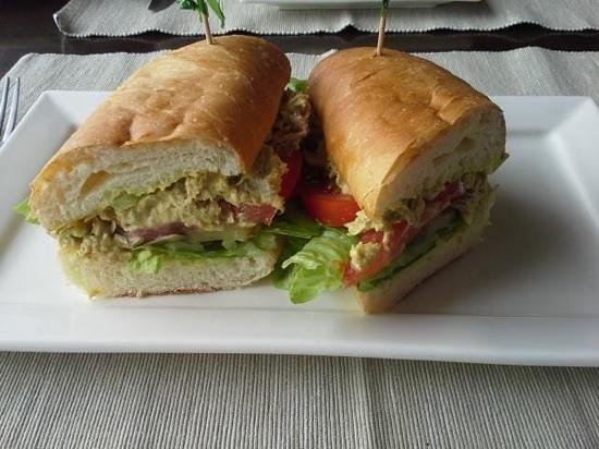 An's Restaurant: Tuna Sandwich on homemade bread