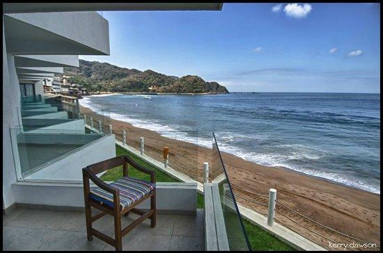 Hotel Barra de Navidad: View down the beach from my balcony