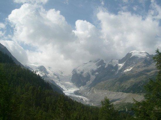 Bernina Pass: view - close to Punt Muragl Staz station