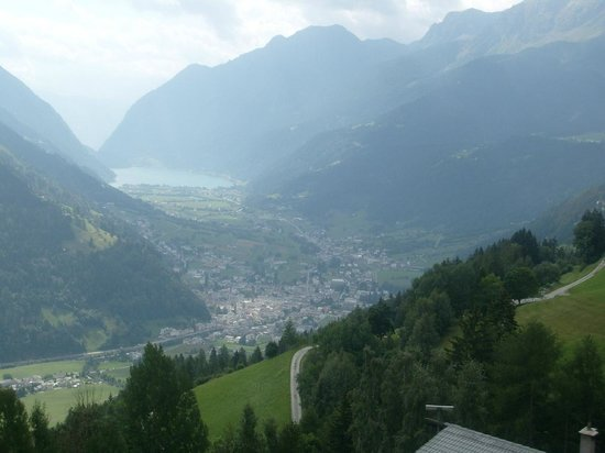 Bernina Pass: view over Poschiavo & Poschiavo lake