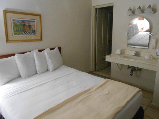 Hotel Plaza De Armas Old San Juan : Bed
