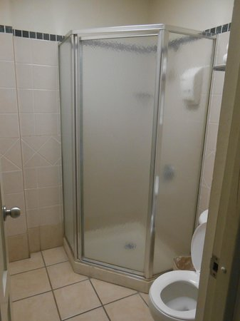 Hotel Plaza De Armas Old San Juan : Shower