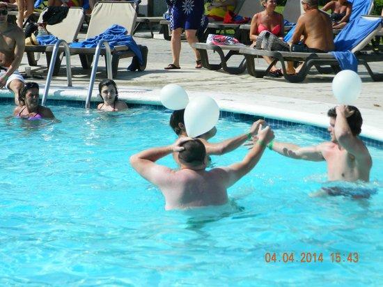 Grand Paradise Playa Dorada : pool games